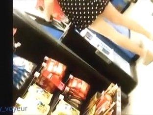 supermarket upskirt