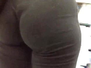 latina ass in tights Wow!