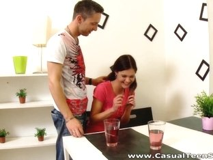 Casual Teen Sex - Kelly Jai - Sex trick for a pickuper