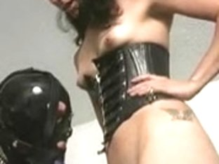 Cuckhold Worships in Chastity