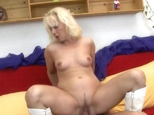 Granny receives drilled by her toyboy