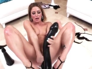 Sheena Shaw stuffs big ass with gigantic toys