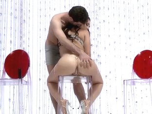 Sexy brunette girl's big wet butt gets hard fucked
