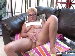 Crazy pornstar Taylor Lynn in Amazing Dildos/Toys, Blonde xxx video