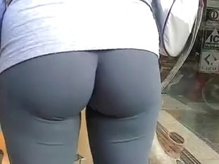 Leggings and Yoga Pants Voyuer