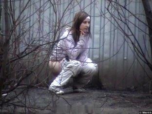Girls Pissing voyeur video 60