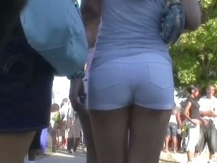 Brunette with an amazing ass gets followed by a horny voyeur
