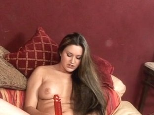 Concupiscent chick using a vibrator to receive off