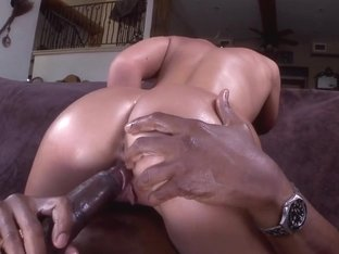 Big white ass gets some black dick