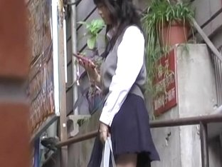 Cute college babe experienced skirt sharking while texting