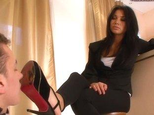 Russian-Mistress Video: Mia
