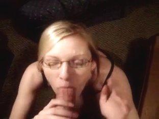 Freaky blonde GF sucks duck bigtime