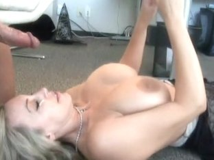 Sexy mature i'd like to fuck wife office sex