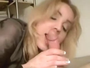 I'm getting cum in mouth in amateur facial video