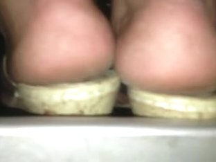 arabic hot soles too close