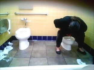 bbw woman hovering over the toddler toilet