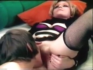 MF 1752 - girl-Ager Party