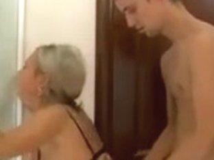 Moden Kvinde & Ung Fyr (Danish Title & Russian Porn - 4)