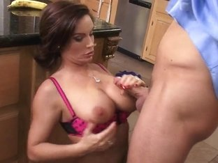 Busty Diamond Foxxx gets nailed by horny Mr. Pete