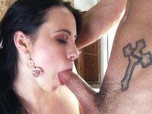 Brunette does blowjob and her tunnel of love is drilled