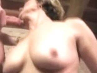Blonde MILF double penetrated in a hot threesome vid