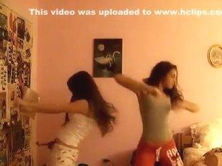 Fabulous twerking cam solo movie scene