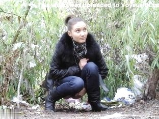 Girls Pissing voyeur video 305