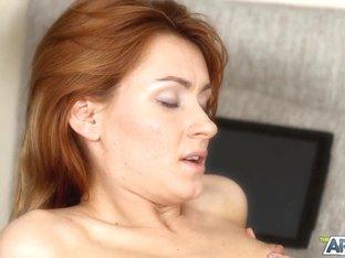 "Espiranse in ""Sleeping with a redhead fairy"" clip"