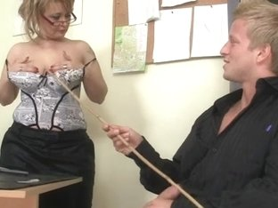 Aged office boss makes him fuck her hard