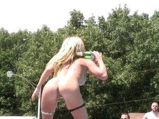 SpringBreakLife Video: Blonde And Naked
