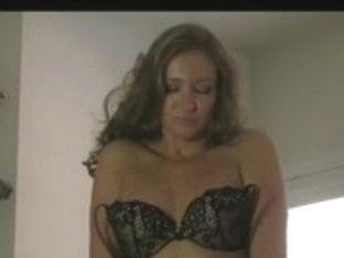 I love stripping on webcam