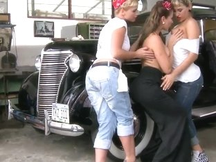Aleska Diamond, Kathia Nobili & Sandy make love