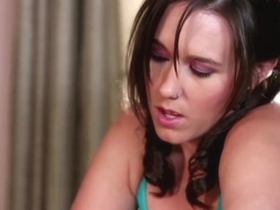 Sinn Sage and Liza Del Sierra in hot Sapphic video