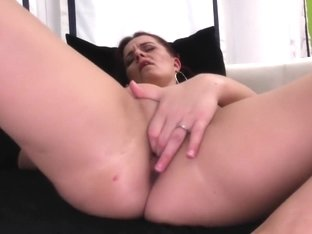 Real aged mother with hungry arse and slit