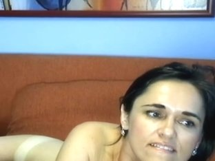 Lying naked in my sexy homemade brunette porn