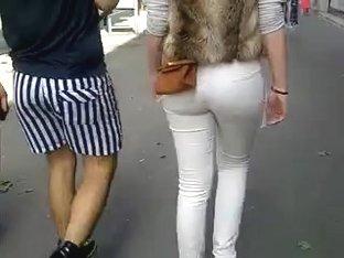 petit cul - nice ass