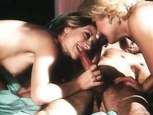 Alpha France - French porn - Full Movie - Les Hotesses Du Sexe (1977)