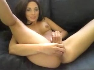 Amateur doxy masturbates moist crack on sofa