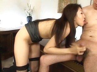 Crazy Japanese whore Kyoko Kashii in Fabulous Secretary, Stockings/Pansuto JAV video
