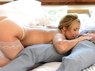 MOM busty MILF gets creampied