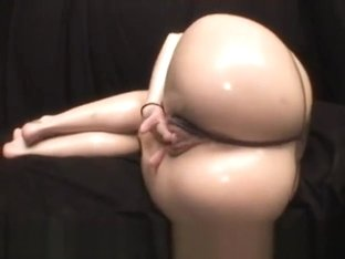 Aliha Aldamen big ass tease