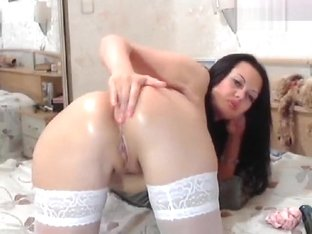 Anje1lika fucks her ass