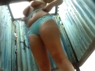 Voyeur video with some wet pussies