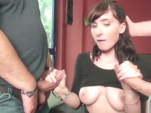 Skinny lesbian Porno Videos
