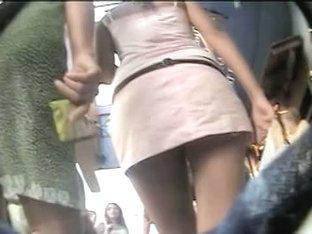 Fit jiggling ass public shake voyeur video