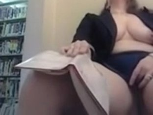 Chubby masturbating in library