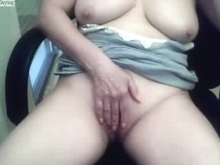 Big breasted amateurs clip in which I rub my fanni