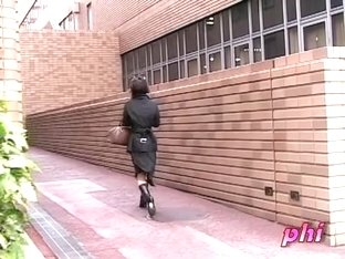 Wild street sharking video featuring a sexy Japanese girl