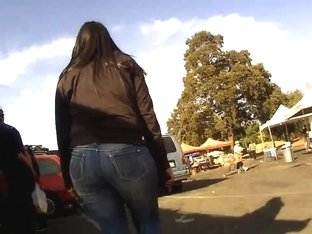 Phat Mexican ass in tight jeans
