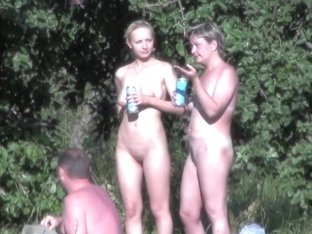 Pure nudists are getting spied on cam from the bushes sb3